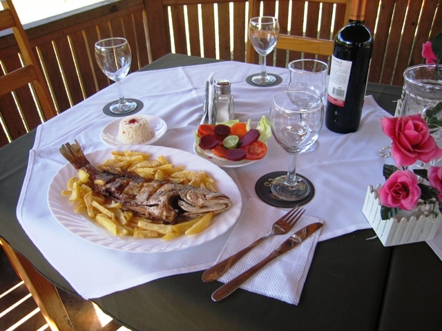 Delicious meals available in restaurante Hotel campestre el Pantano